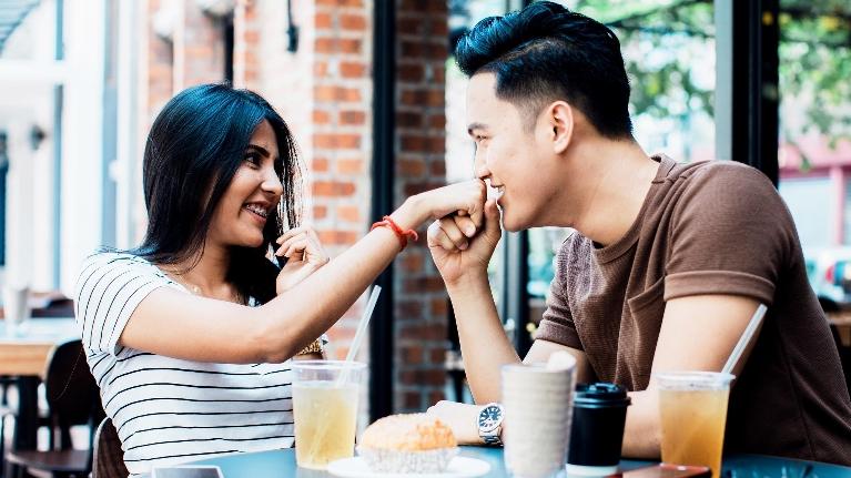 Medium dating